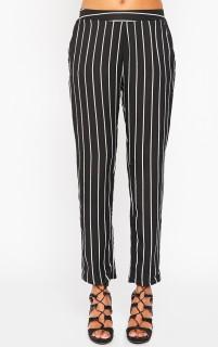 prettylittlethings-trousers-black-white-stripe