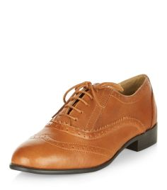 tan-leather-brogues-